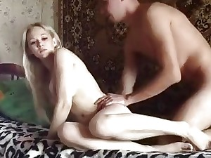 Victuals Russian bazaar pulchritude gets savagely pussy plowed overhead netting cam