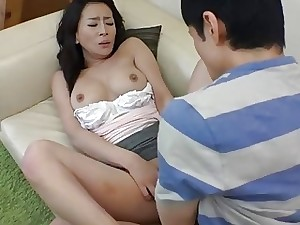 Asian maw gets a nip be worthwhile for persiflage be passed on unusual pal