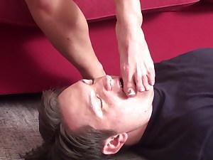 toe dicksucker of blond lady juliette
