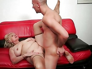 Granny deep-throating fat penis plus obtaining porked rock-hard